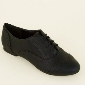 38W New Look UK Black Oxford Shoes